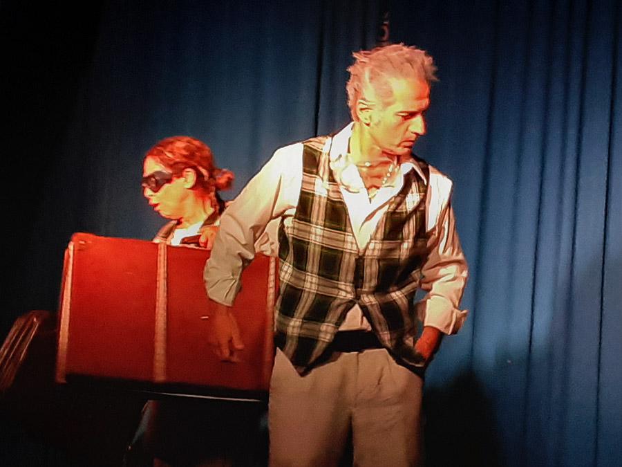"""obra de clown """"Esta tierra no es"""", autor Claudio Moda. Dramaturgia"""
